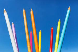 Crayons multicolores        Valérie Bouckenooghe