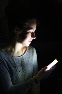 Le smartphone de Manon          Valérie Bouckenooghe